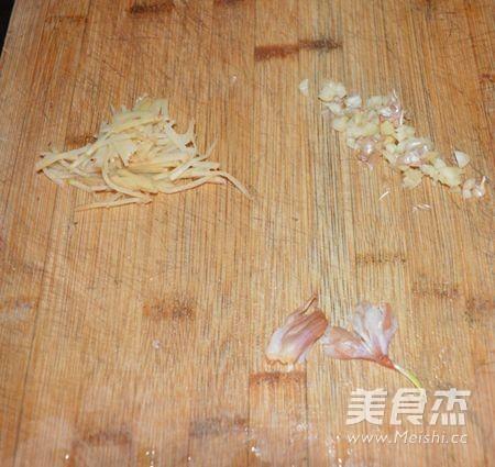 广东清蒸金鲳鱼的简单做法
