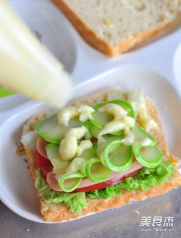 玉米蔬菜三明治怎样炒
