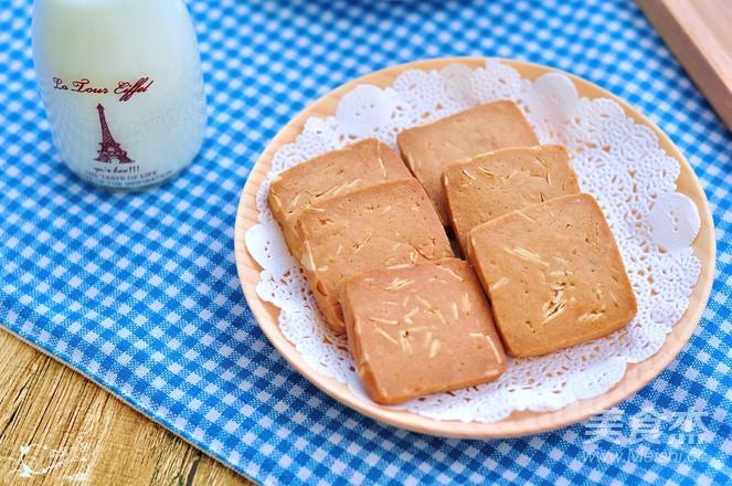 巧克力杏仁饼干成品图