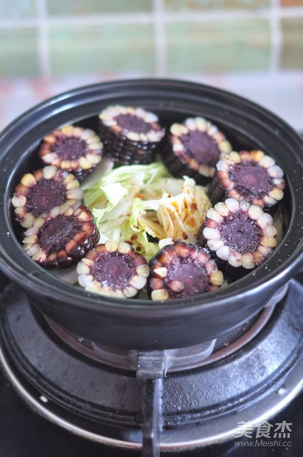 黑玉米排骨锅怎么吃