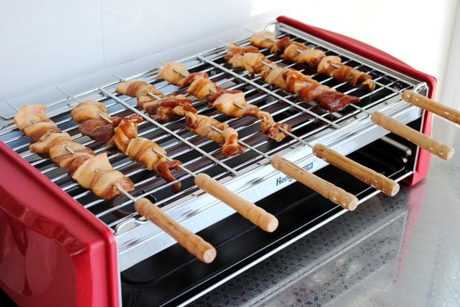 香烤五花肉串怎么吃