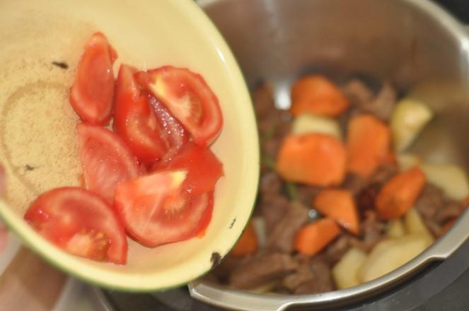 土豆烧牛肉怎么炒