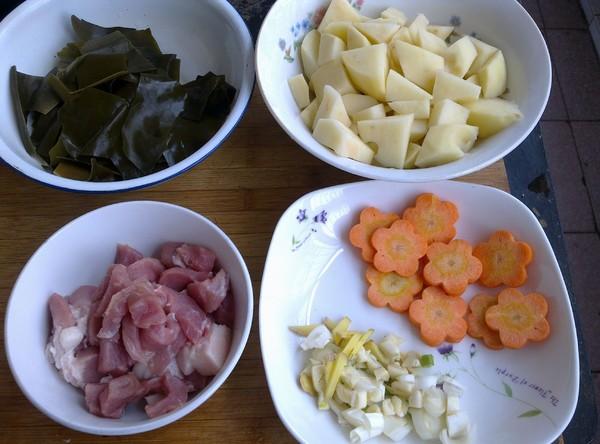 土豆海带炖猪肉的做法大全