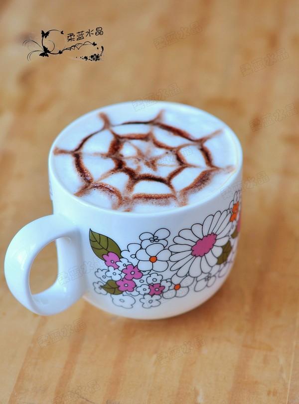 简易拉花咖啡成品图