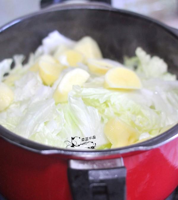 黑玉米白菜烧排骨怎么做