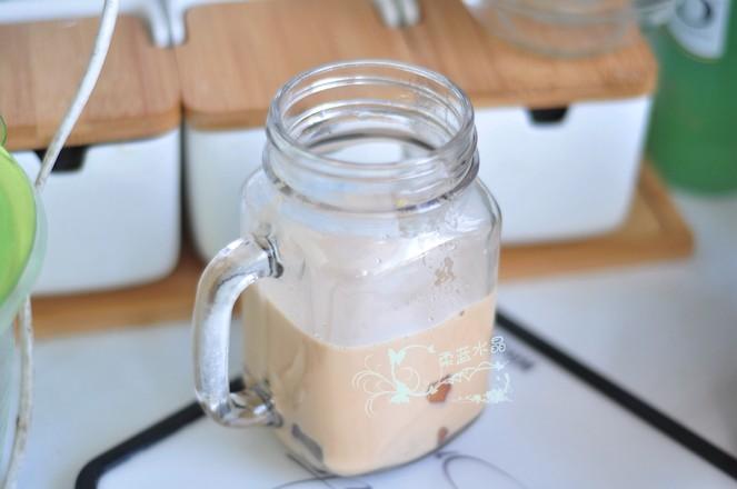 椰香蛋糕厚乳杯的步骤
