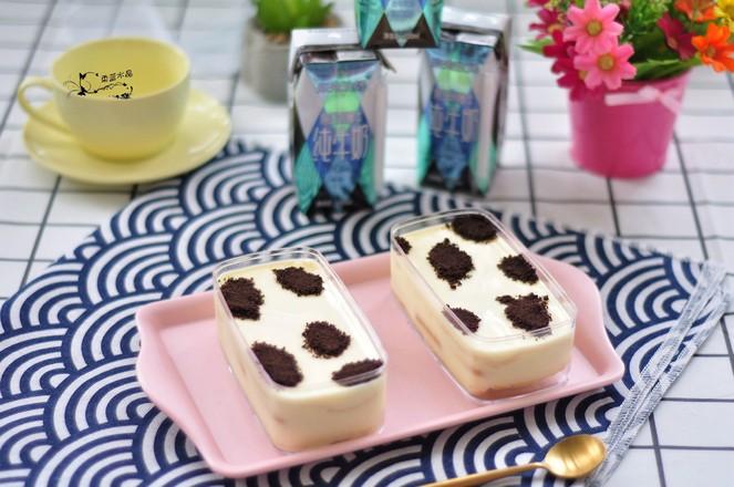 牛乳盒子蛋糕成品图