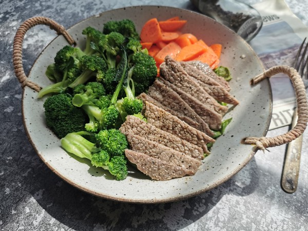 减脂牛排餐怎么煮