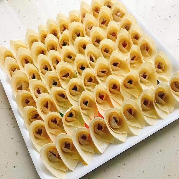 北虫草藜麦粥猪肉陷抄手(馄炖)的简单做法