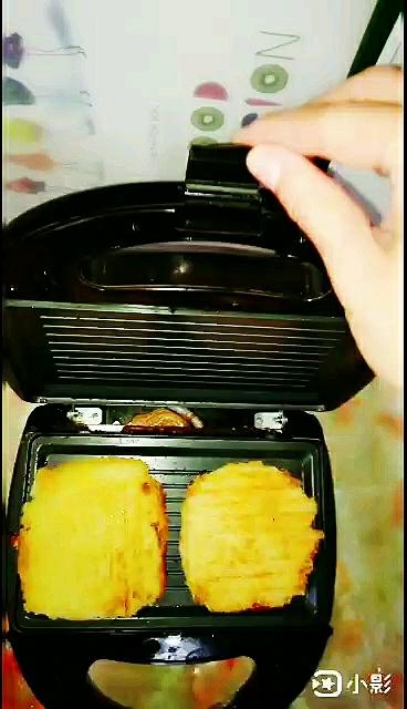 米饭双层馅饼怎么做