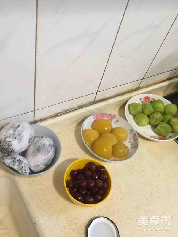 水果生日蛋糕怎么吃