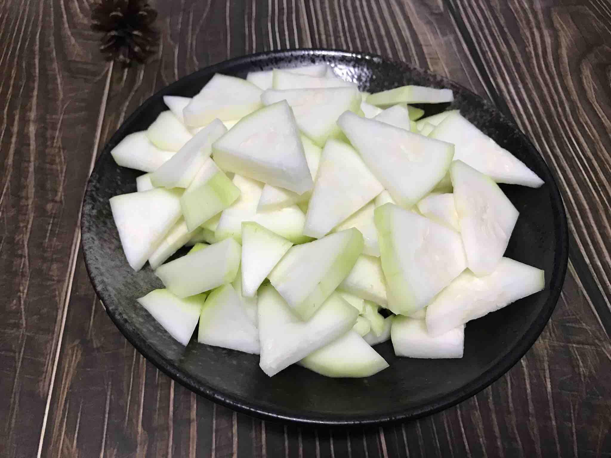 清炒蒲瓜 清热解暑的简单做法