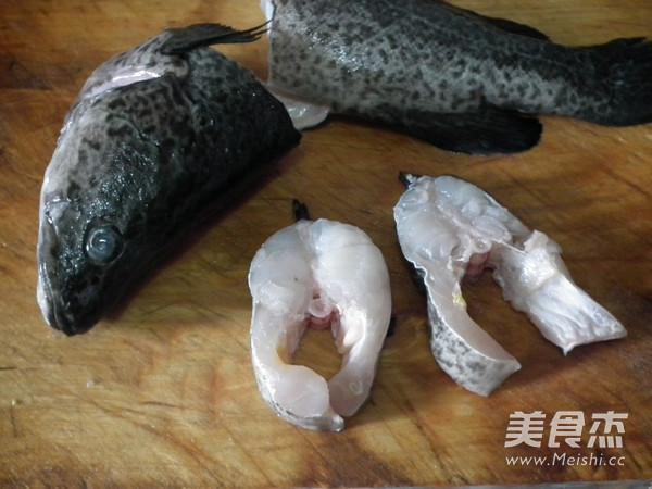黑胡椒煎澳斑鱼段的做法图解