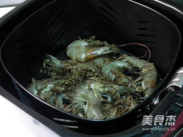 茶叶焗虾怎么吃