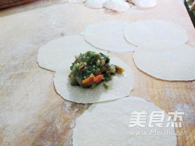 胡萝卜香菜饺子怎样煸