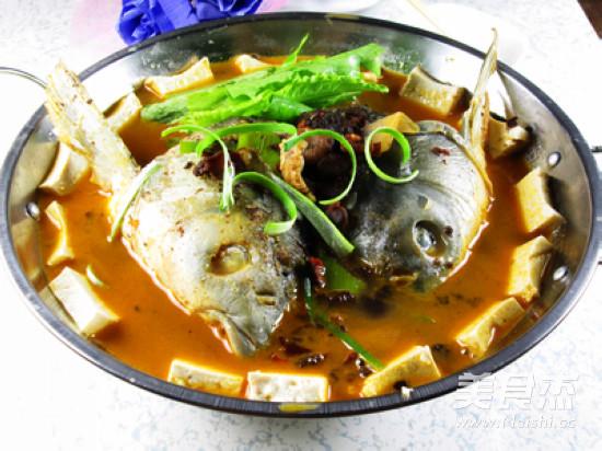 香辣鱼头豆腐火锅怎么煸
