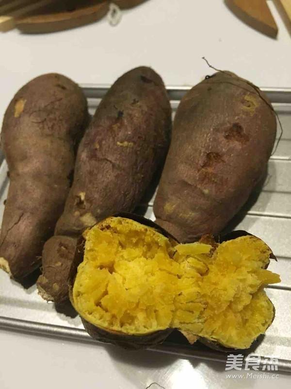 烤箱烤地瓜成品图