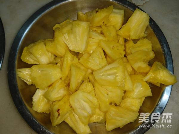 菠萝酸甜排骨的做法大全
