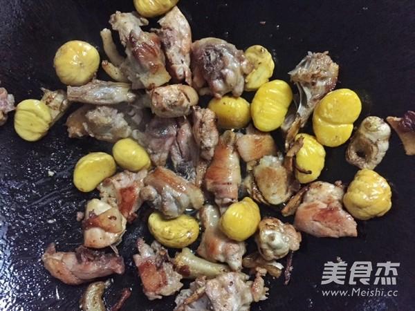板栗焖鸡的做法图解