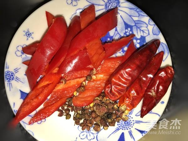 沙茶炒菜花的家常做法