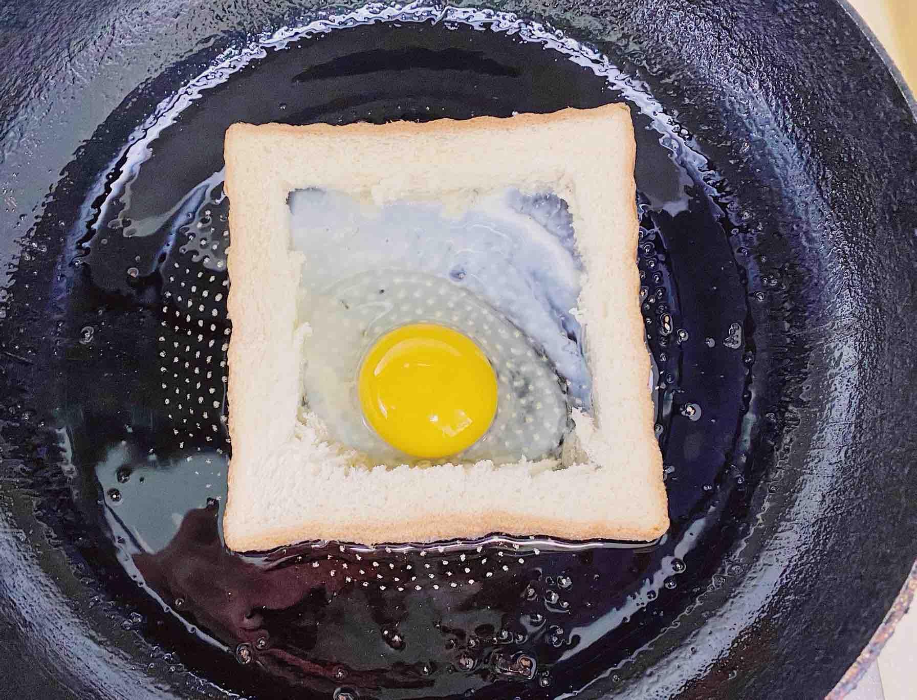 ㊙️食材简单 5分钟脆香芝士吐司的简单做法