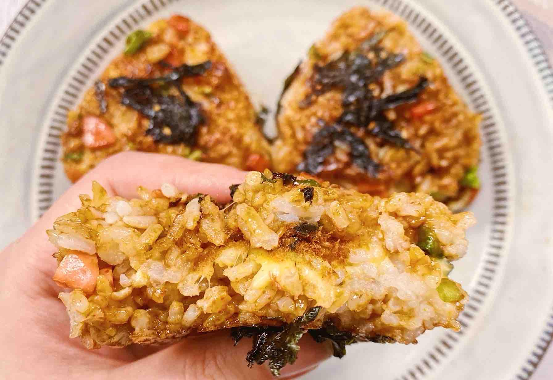 ㊙️米饭的神仙吃法|日式芝士饭团成品图