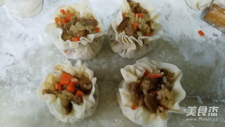香菇糯米烧麦的制作