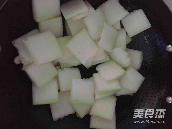 海鲜冬瓜汤怎么吃