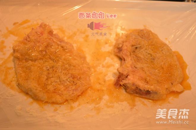 上海炸猪排配辣酱油怎么吃