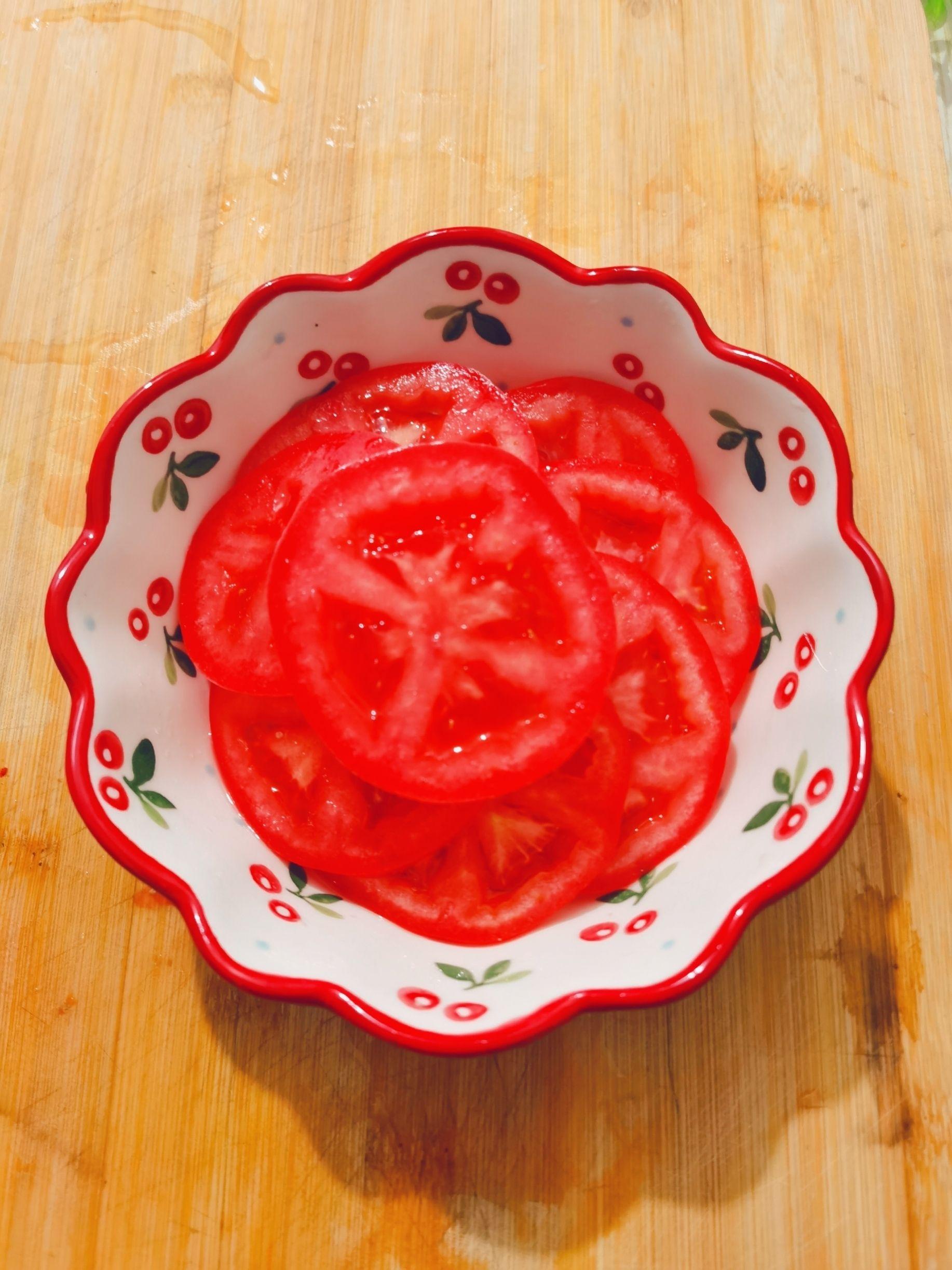 西红柿拌糖的家常做法