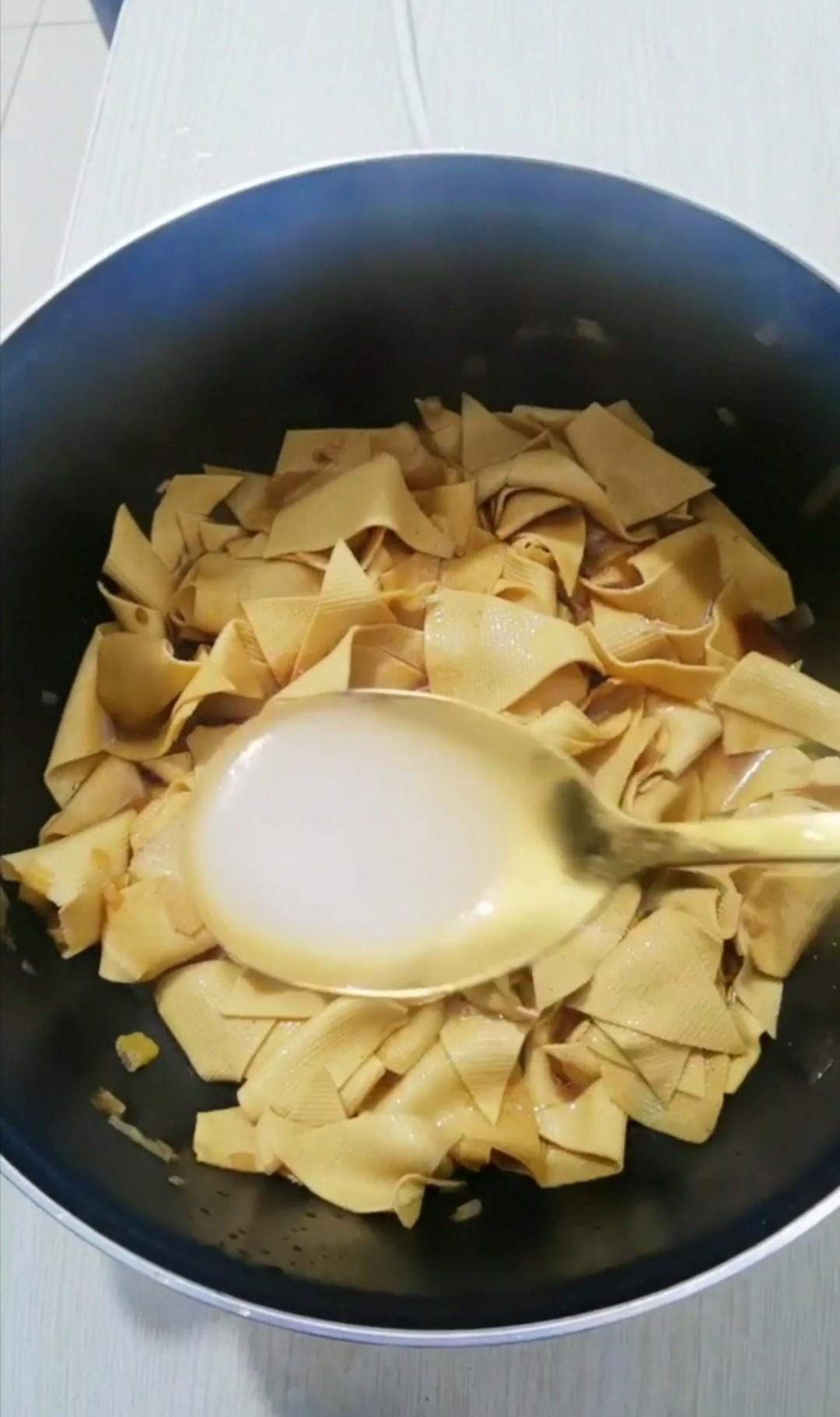 红焖干豆腐怎样做