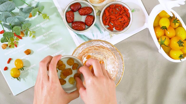 桂圆肉饼汤的做法图解