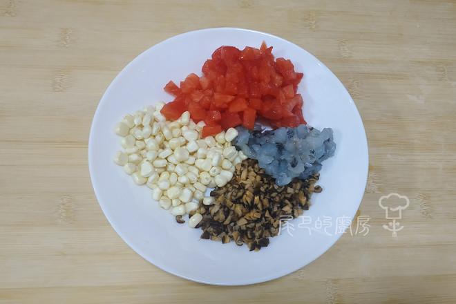 西红柿玉米鲜虾饺的做法图解