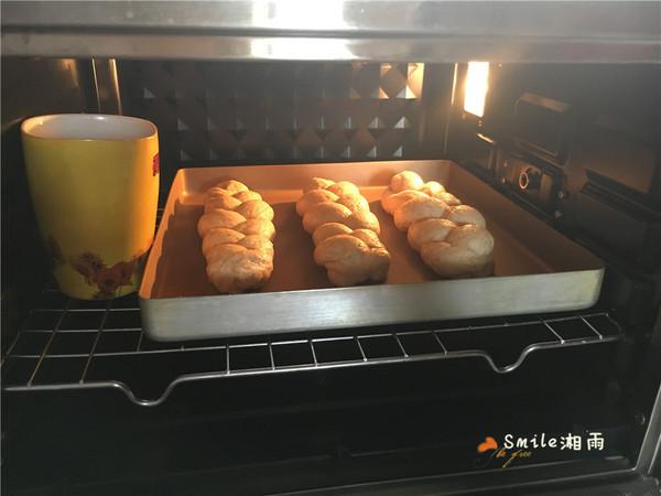 全麦酸奶辫子面包怎样煮