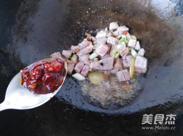 家乐猪肉粉丝时蔬炖菜怎么吃