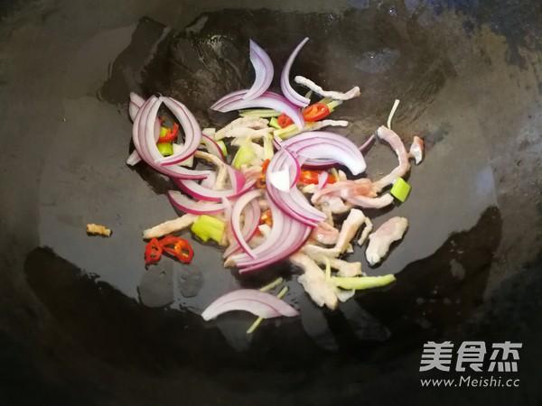 青菜肉丝炒面怎么吃