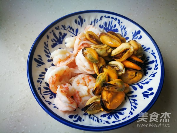 海鲜蔬菜沙拉的简单做法
