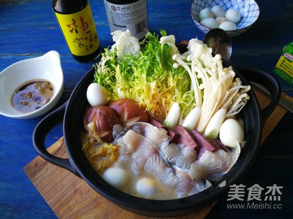 酸菜鲈鱼锅成品图