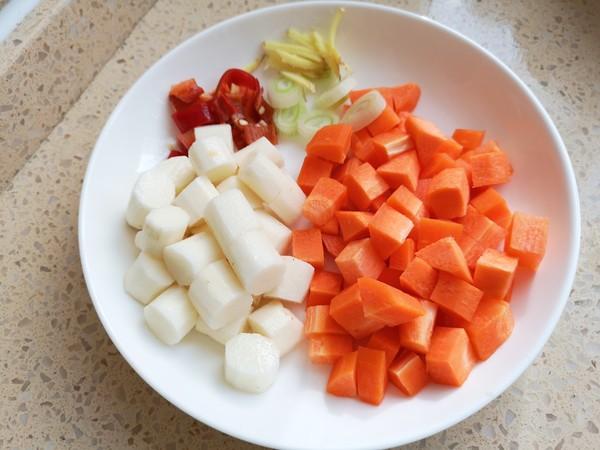 【三阳开泰】胡萝卜羊肉盖浇饭的家常做法