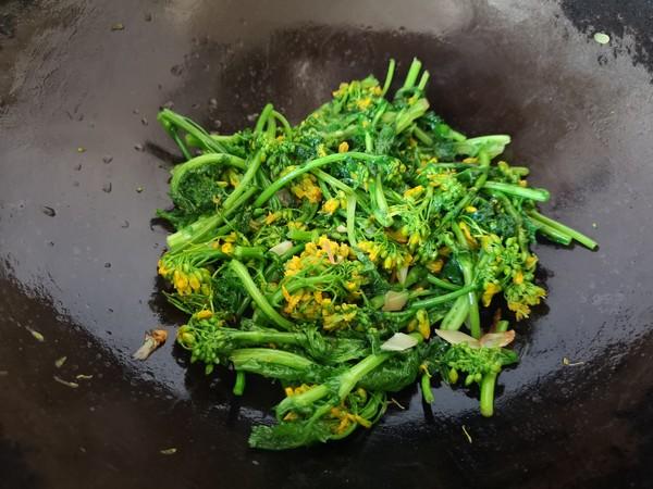 清炒油菜花怎么吃