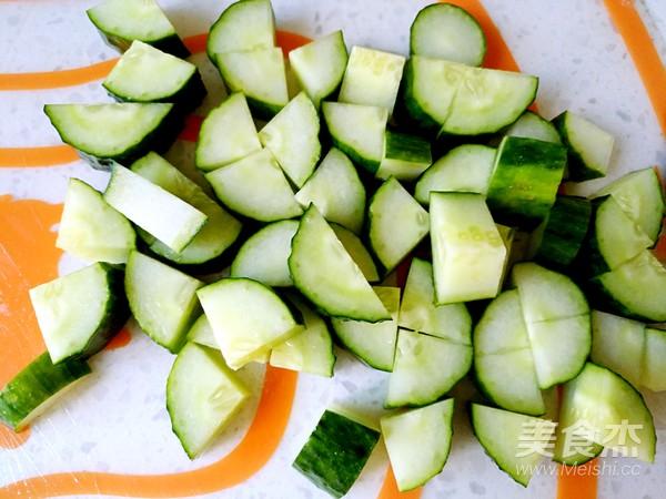 凉拌海蛰黄瓜的步骤
