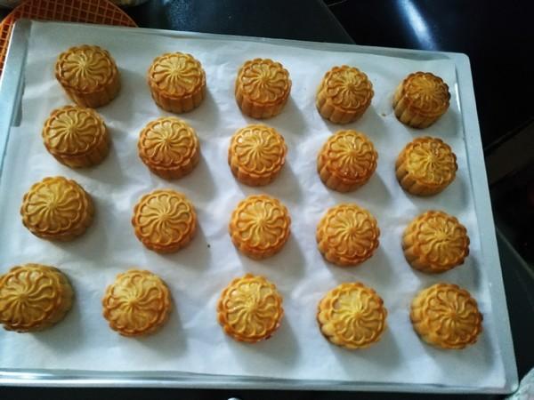 椰蓉蔓越莓月饼的制作
