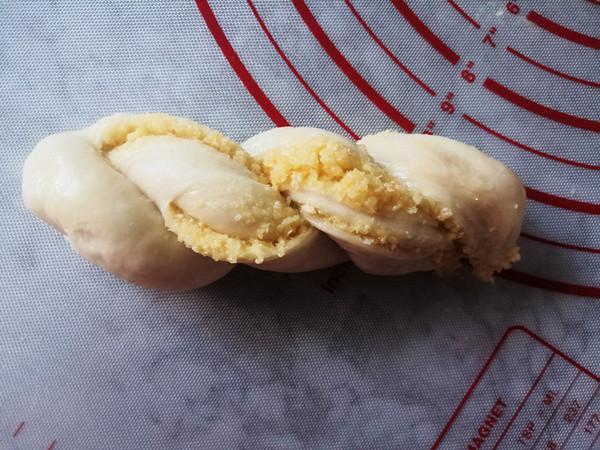 椰蓉纸模麻花面包怎么炖