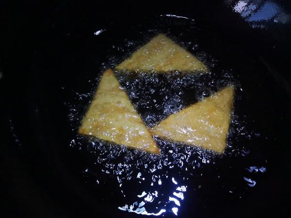 福建小吃炸芋粿怎么煸