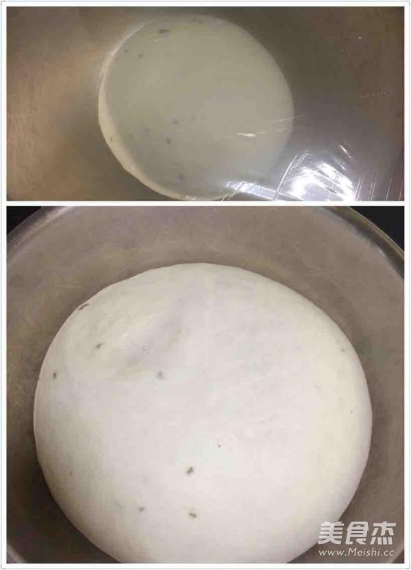 自制香肠披萨的做法大全