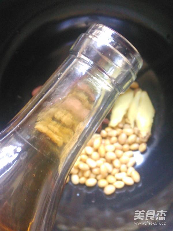 花生黄豆猪蹄汤的步骤