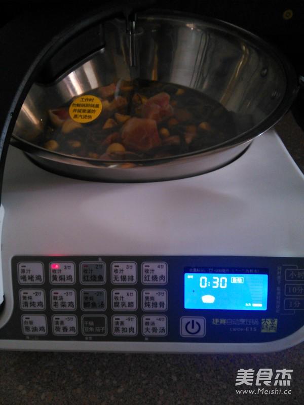 板栗黄焖鸡怎么煮