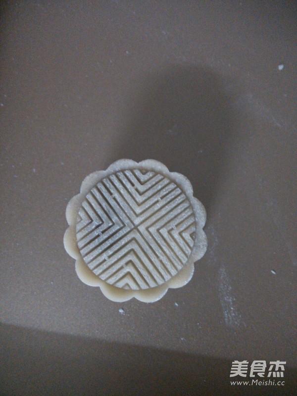 蛋黄莲蓉广式月饼怎么炒