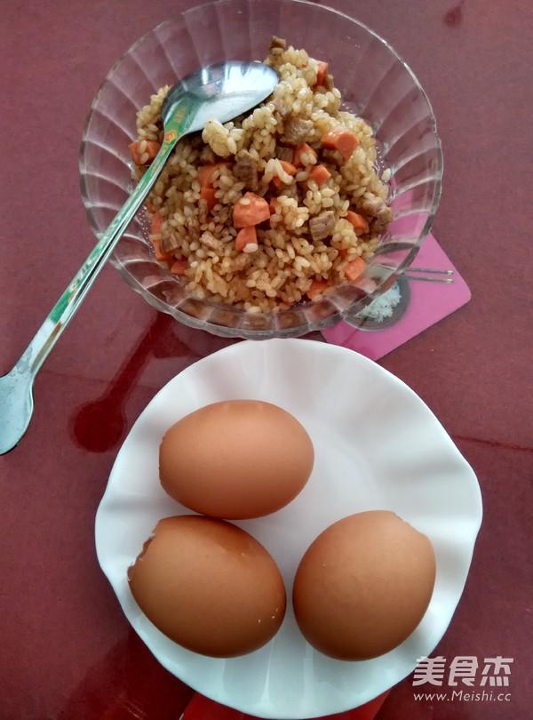 蒸糯米鸡蛋饭的家常做法