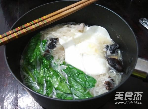 夜宵米线鸡蛋包的简单做法